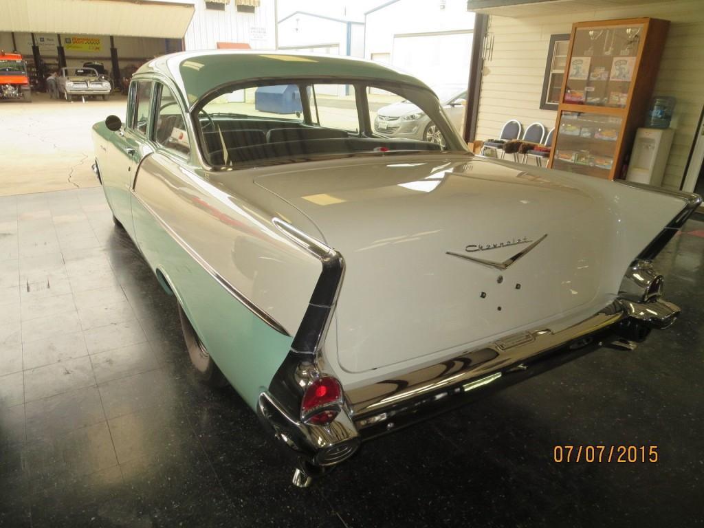 1957 Chevrolet 150 Sedan; 2 DOOR