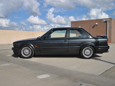 "1990 BMW 320is MTechnic II ""Italian M3"" for sale"