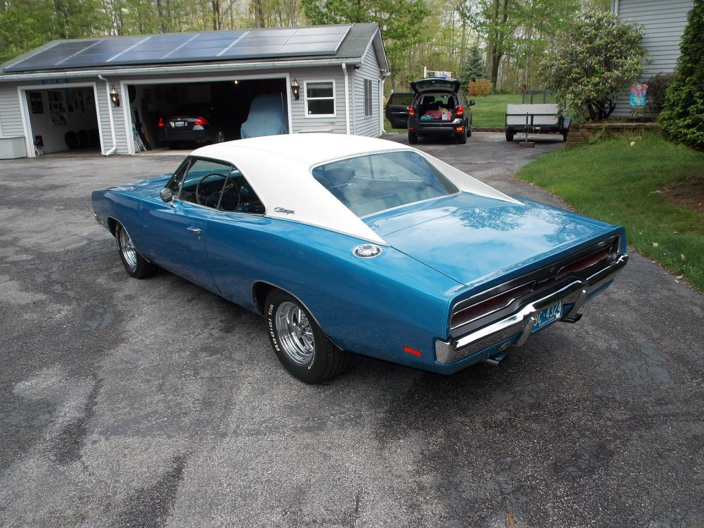 White Charger Car For Sale