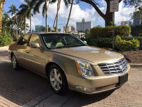 SUPER CLEAN 2006 Cadillac DTS for sale
