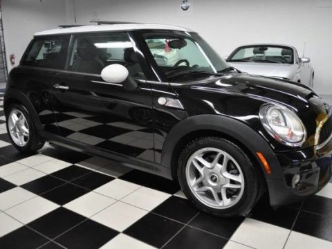 2009 Mini Cooper S – Great Maintenance for sale