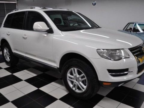 2009 Volkswagen Touareg VR6 – Outstanding Condition for sale