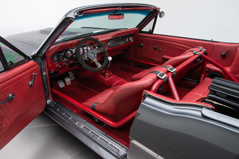 AMAZING 1965 Ford Mustang