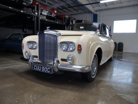 superby all original 1965 Bentley S3 (Series III) 4 door 6.2L V8 sedan for sale
